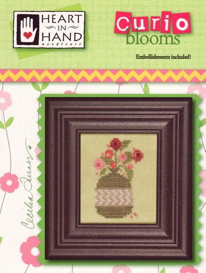 Clearance-HeartinHand-CurioBlooms